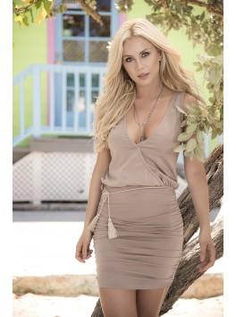 Grossiste robe clubwear Robe courte sexy beige décolletée pointe avant arrière