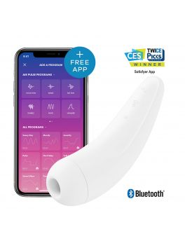 White vVibrator Satisfyer Curvy 2+ with connected app